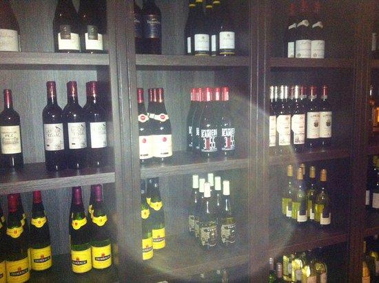 Ossendrecht, هولندا: de prachtige wijnen