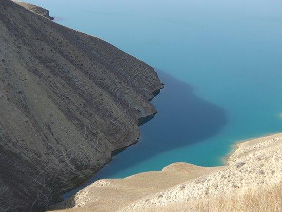 Turquoise water in Toktogul Reservoir