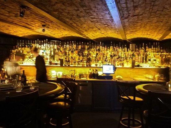 Kabinet Bar
