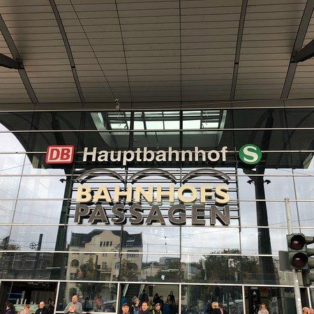 Tourist Information Im Hauptbahnhof