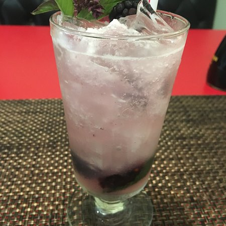 Alexandria, KY: Blackberry Lavender Lemonade is delicious!