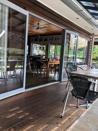 Kin Kin, Αυστραλία: dining outside