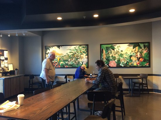 Cloverdale, CA: Inside seating