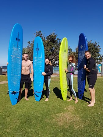 ‪‪Caloundra‬, أستراليا: Learning to surf is a really fun activity to share with friends & family!‬