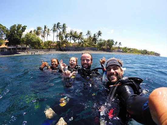 La Bila Dive Resort Amed: Scuba Love with PADI  Bila Dive Resort in Amed Bali