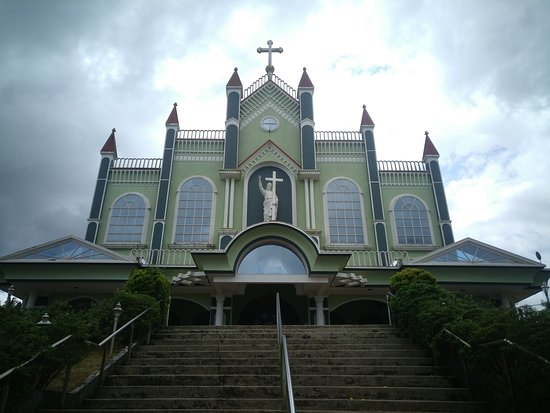 Belthangady, Ấn Độ: most holy redeemer church