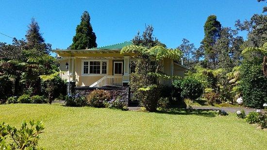 Kilauea Lodge: Plantation House