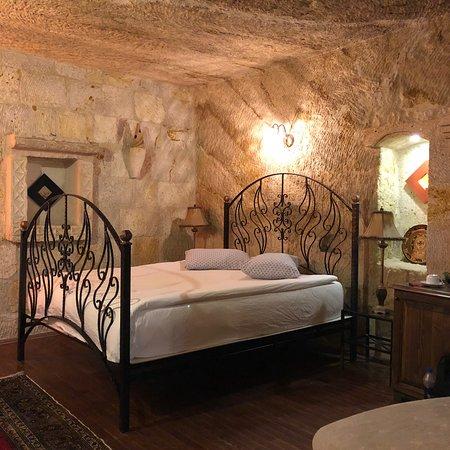 Cappadocia Castle Cave Hotel : photo2.jpg