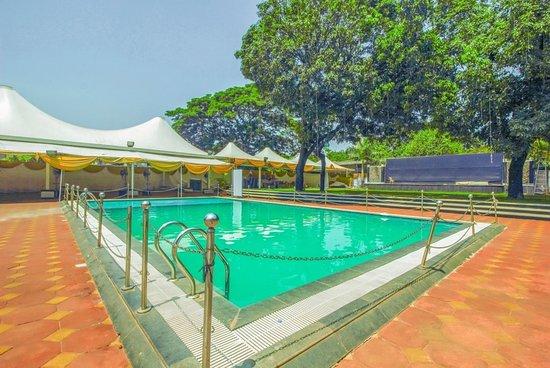 OYO 6800 Purohit Holiday Resort