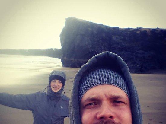 Hellissandur, ไอซ์แลนด์: Skardsvik beach on February