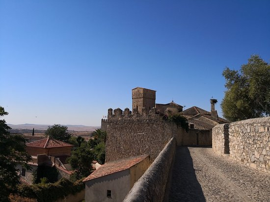 """Casa-Fuerte de Luis de Chaves """"el Viejo"""""""