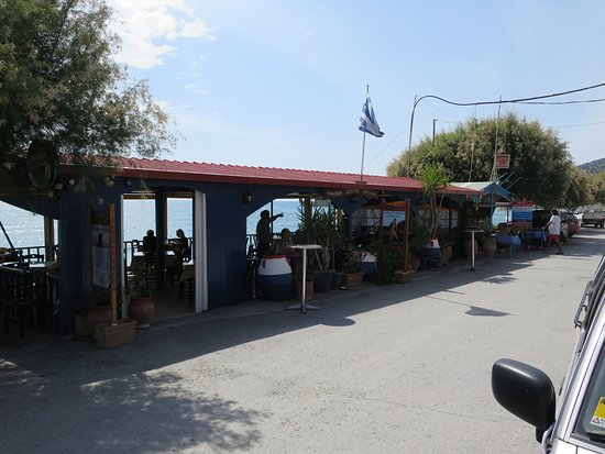 Keratokampos, Grecia: Blick auf das Restaurant