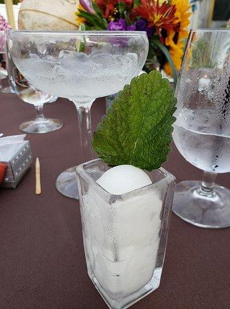 Eddington, ME: Cocktails were great.