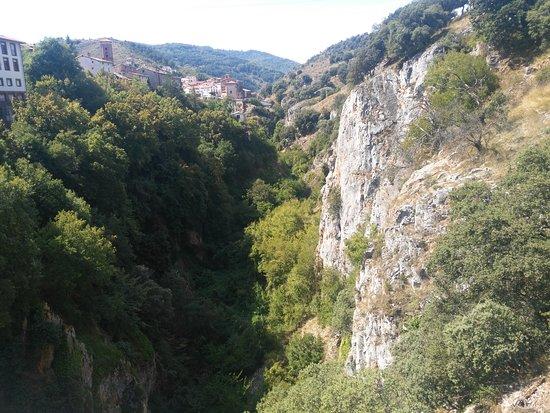 Ortigosa De Cameros, Spain: seguimos con las vistas de la zona desde las cuevas