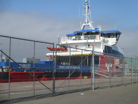 Fortune, Canada: The new, comfortable ferry