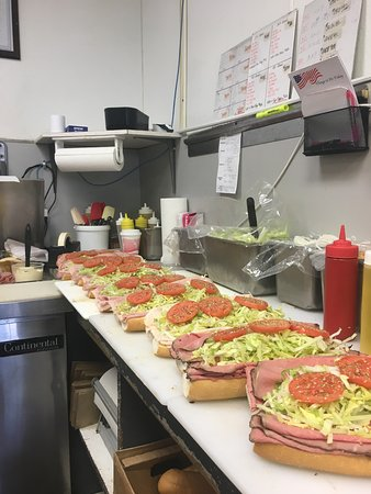 "Bellmawr, Nueva Jersey: From our ""Sandwich Artists"""