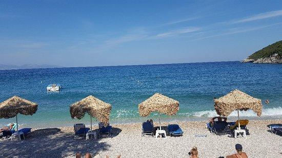 Makris Gialos Beach: 20180919_153036_large.jpg
