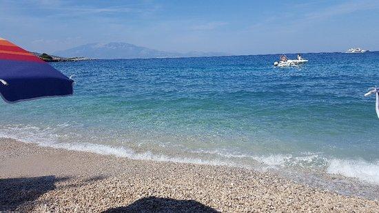 Makris Gialos Beach: 20180919_153330_large.jpg