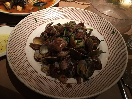 The Pink Door: Mussels