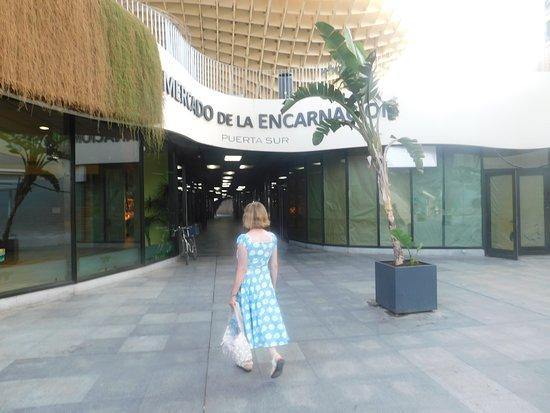 Plaza Mayor: Entering the Mercado de la Encarnacion