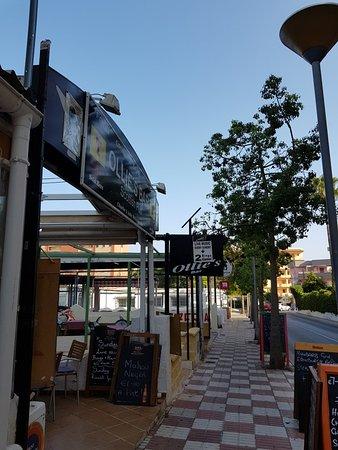 imagen Ollie's Bar en Benalmádena