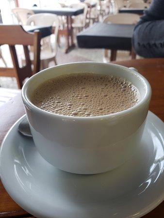 Sorvete Finlandês - Sorveteria e Cafeteria: Cafezinho, sorvete e cappuccino excepcionais.