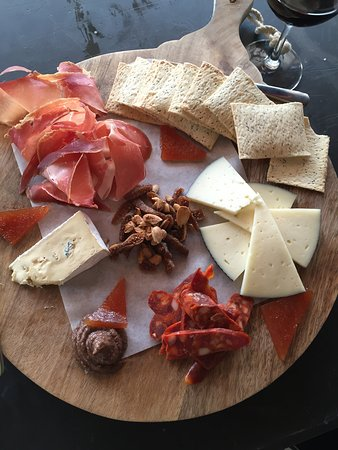 Portsea, Австралия: Delicious Grazing Platter from The Rocks Mornington