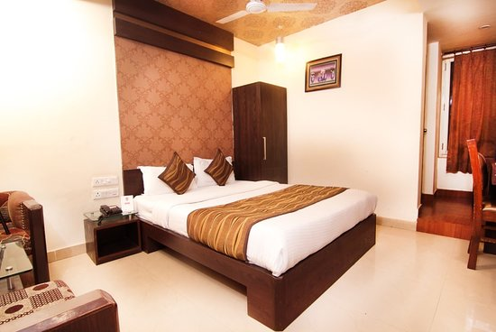 Oyo 905 Galaxy View Hotel Allahabad Hotel Reviews