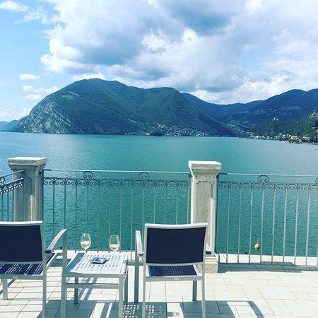 Sulzano, Itália: View from panoramic junior suite