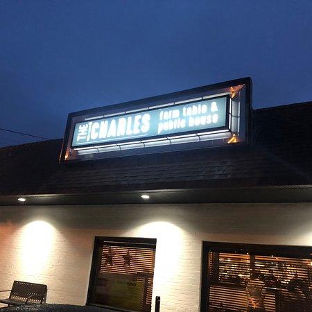 La Plata, แมรี่แลนด์: The Charles is Open!