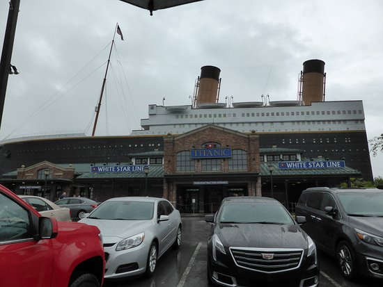 Titanic Museum Attraction: OUTSIDE
