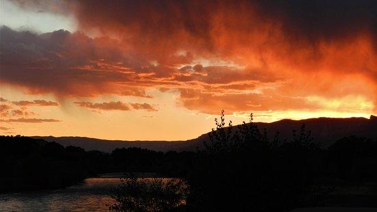 Silt, Колорадо: Sunset Sprinkle