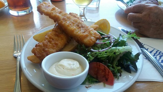 Browns Bay, Nieuw-Zeeland: $10 Gold card lunch. Yummy!!!