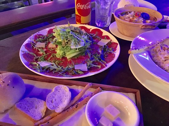 Pizza Roma By Sata: Food