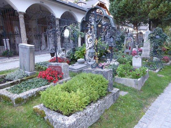 聖彼得墓地