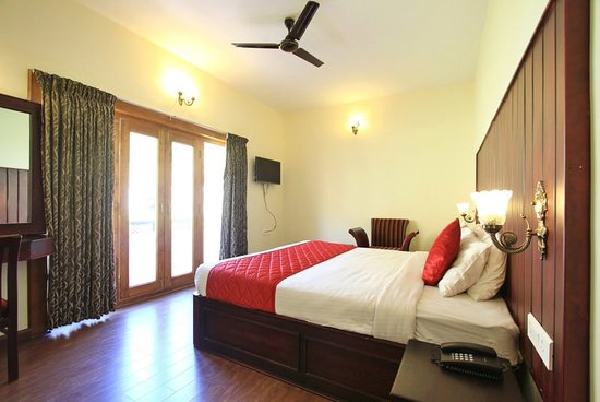 Oyo 5021 golden springs ooty specialty inn reviews - Best hotels in ooty with swimming pool ...