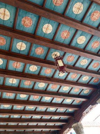 天井は オリエンタル的