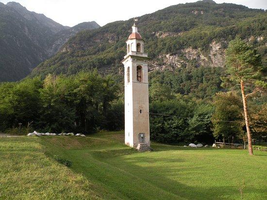 Piuro, إيطاليا: Campanile del 1600 già Roncaglia superiore a Piuro