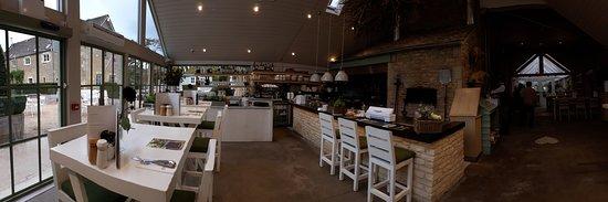 Daylesford, UK: Wodnerful warm & bright Café, with open kitchen ...