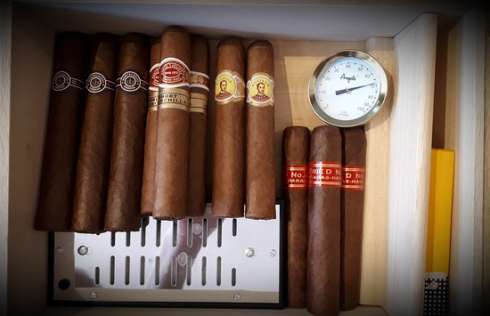 Cava Gkafas: Cigars available at our store!