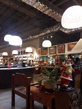 Photo0 Jpg Picture Of Balikbayan Handicrafts Makati Tripadvisor