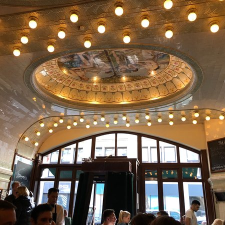 cafe paris hambourg hamburg altstadt restaurant avis num ro de t l phone photos. Black Bedroom Furniture Sets. Home Design Ideas