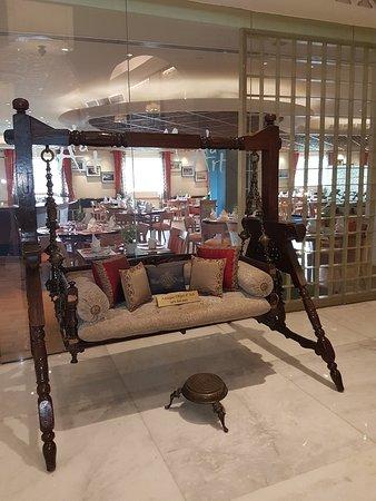 Masala Art: The swinger