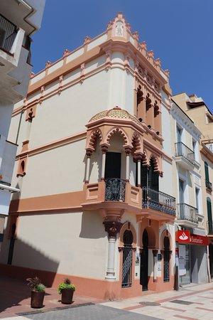 El Masnou, España: Oficina de Turismo – Casa de Cultura