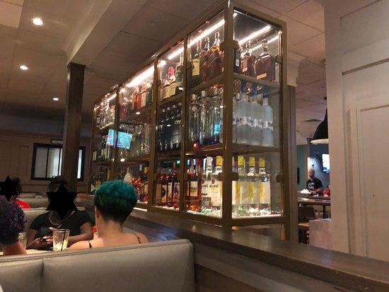 Rego Park, نيويورك: Liquor options