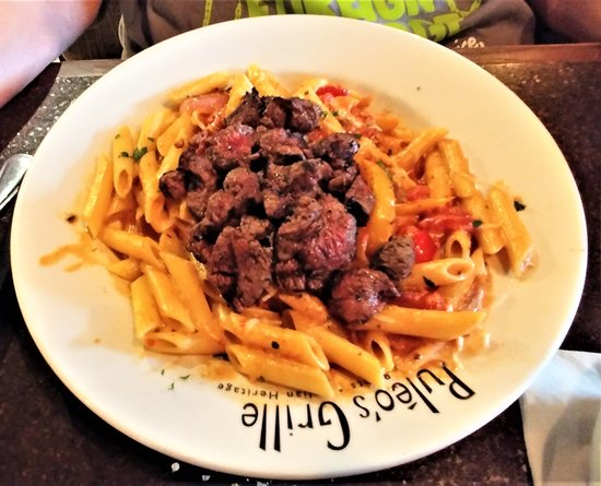 Puleo's Grille - Ooltewah : This is the Filet Tips Pasta.