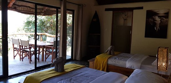 Chirundu, Zambia: Open view of the River from each room