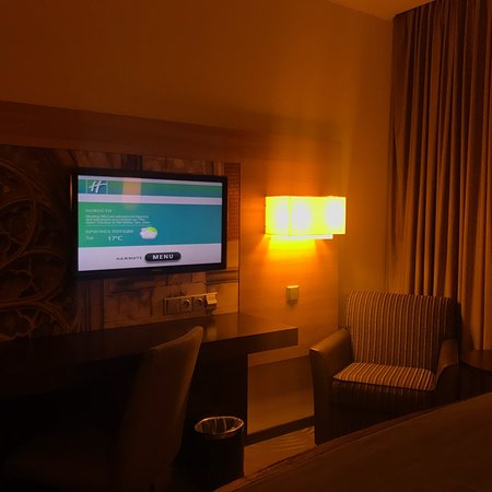 Perfect Holiday Inn hotel