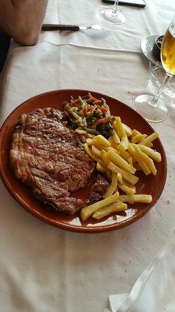 Confrides, إسبانيا: Buen plato gastronomico