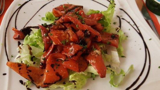 Neuilly-sur-Marne, Francia: Osso buco et poivrons grillés